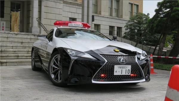 《民间捐赠》日本交警装备价值百万豪华警车:车牌号110 – 澳博体育