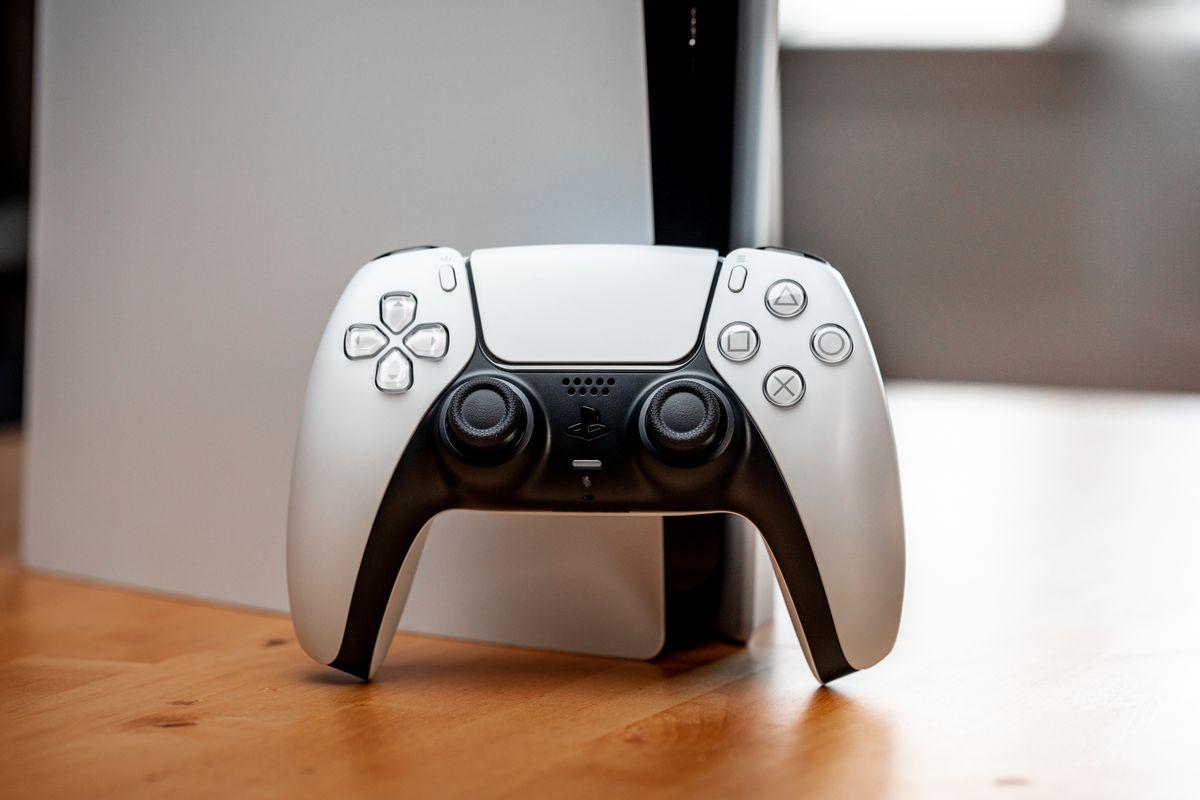 PS5DualSense手柄续航评测 开启触觉反馈密集游戏耗电更快 苍之女武神